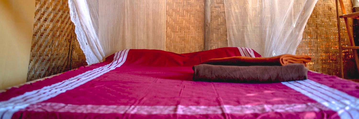 Hut-Bed-coloured